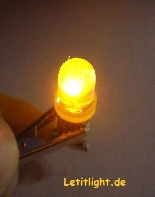 10 mm LED in yellow - with screw thread